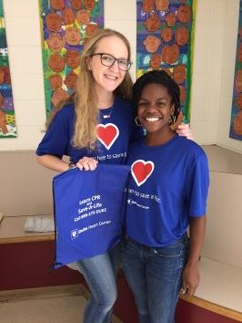 Duke volunteers teach CPR
